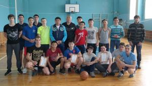 28.11.2016 в колледже состоялся турнир по баскетболу среди студентов